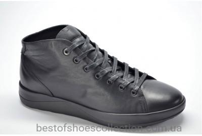 Мужские демисезонные кожаные спортивные туфли черные IKOS 17703